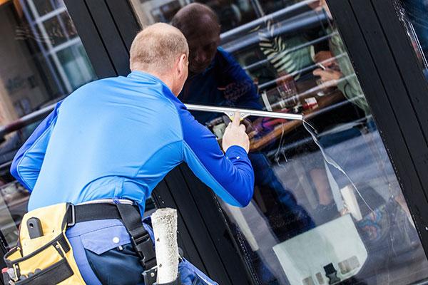 Gebäudereinigung Fenster